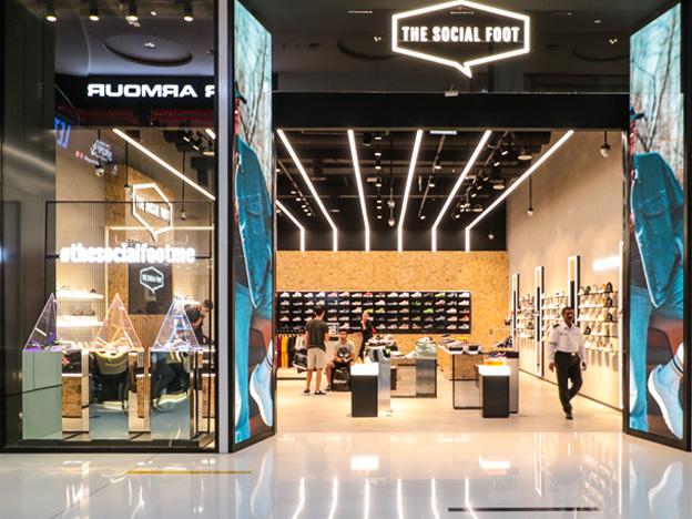 Commercial Lighting Design – Social Foot, Dubai Mall
